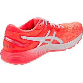 asics Dynaflyte 4 Shoes Women, flash coral/white